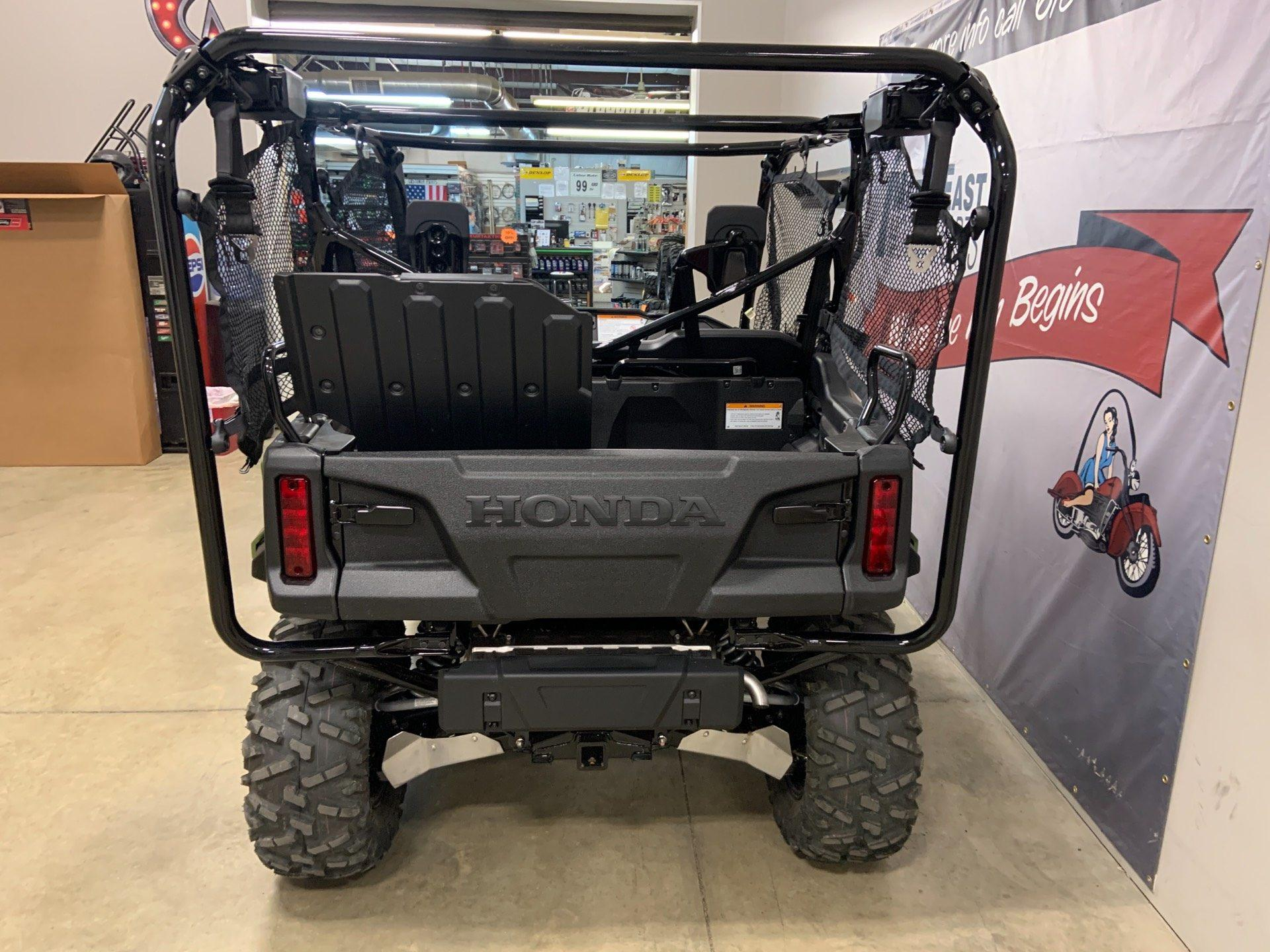 2020 Honda Pioneer 1000-5 LE in O Fallon, Illinois - Photo 5