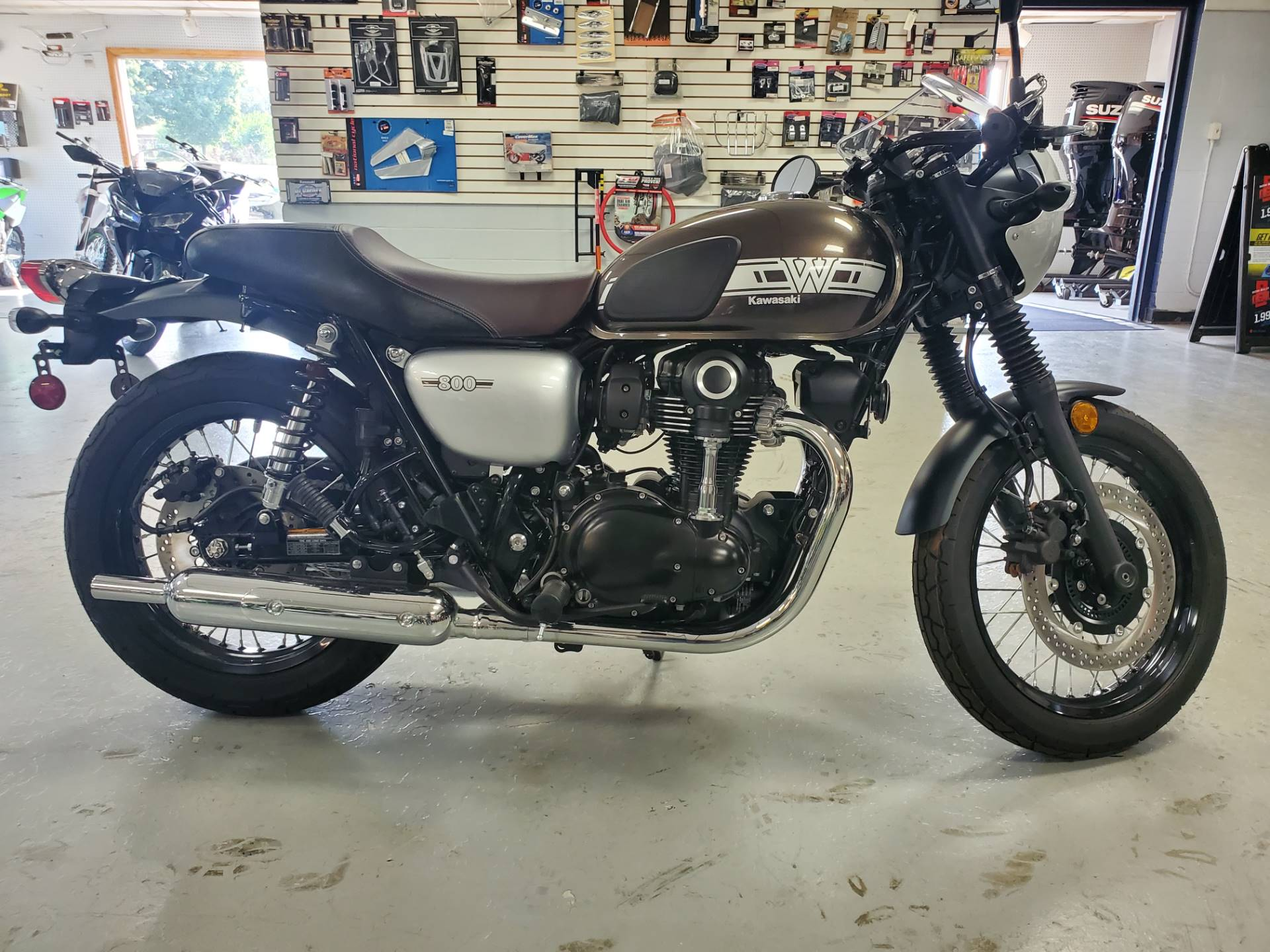 2019 Kawasaki W800 Cafe in Lebanon, Missouri - Photo 3