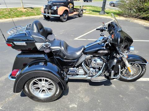 2014 Harley-Davidson Tri Glide® Ultra in Lynchburg, Virginia - Photo 8