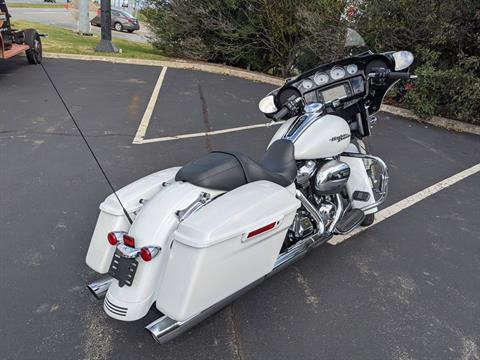 2017 Harley-Davidson Street Glide® Special in Lynchburg, Virginia - Photo 3