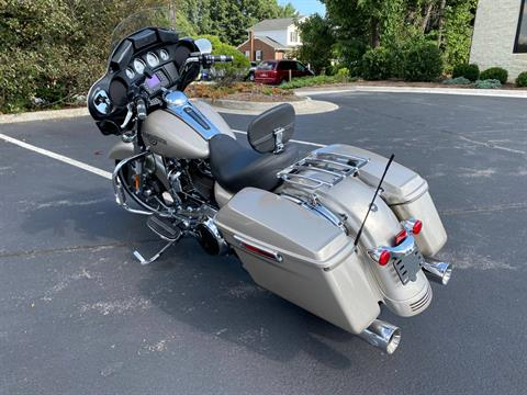 2018 Harley-Davidson Street Glide® in Lynchburg, Virginia - Photo 5