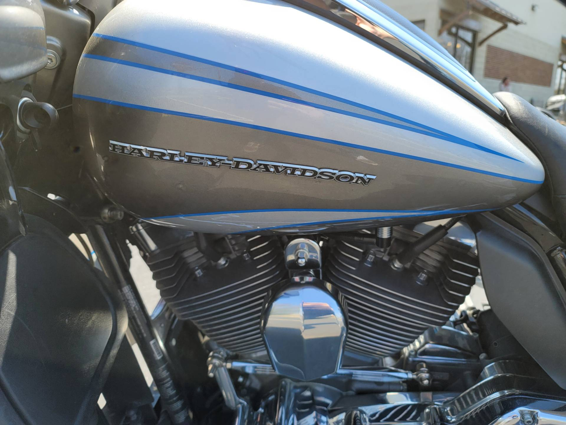 2016 Harley-Davidson CVO™ Road Glide™ Ultra in Lynchburg, Virginia - Photo 12