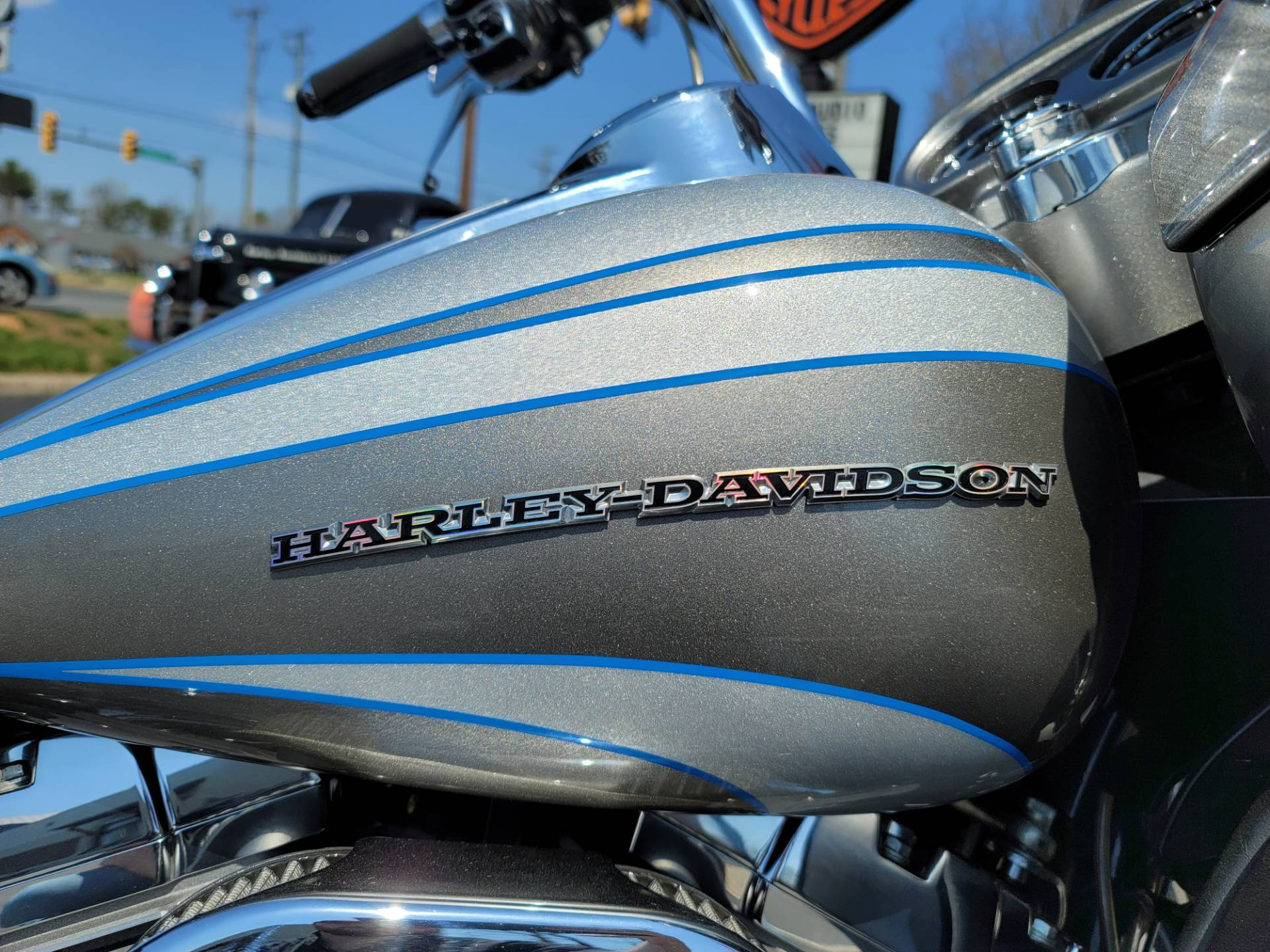 2016 Harley-Davidson CVO™ Road Glide™ Ultra in Lynchburg, Virginia - Photo 24