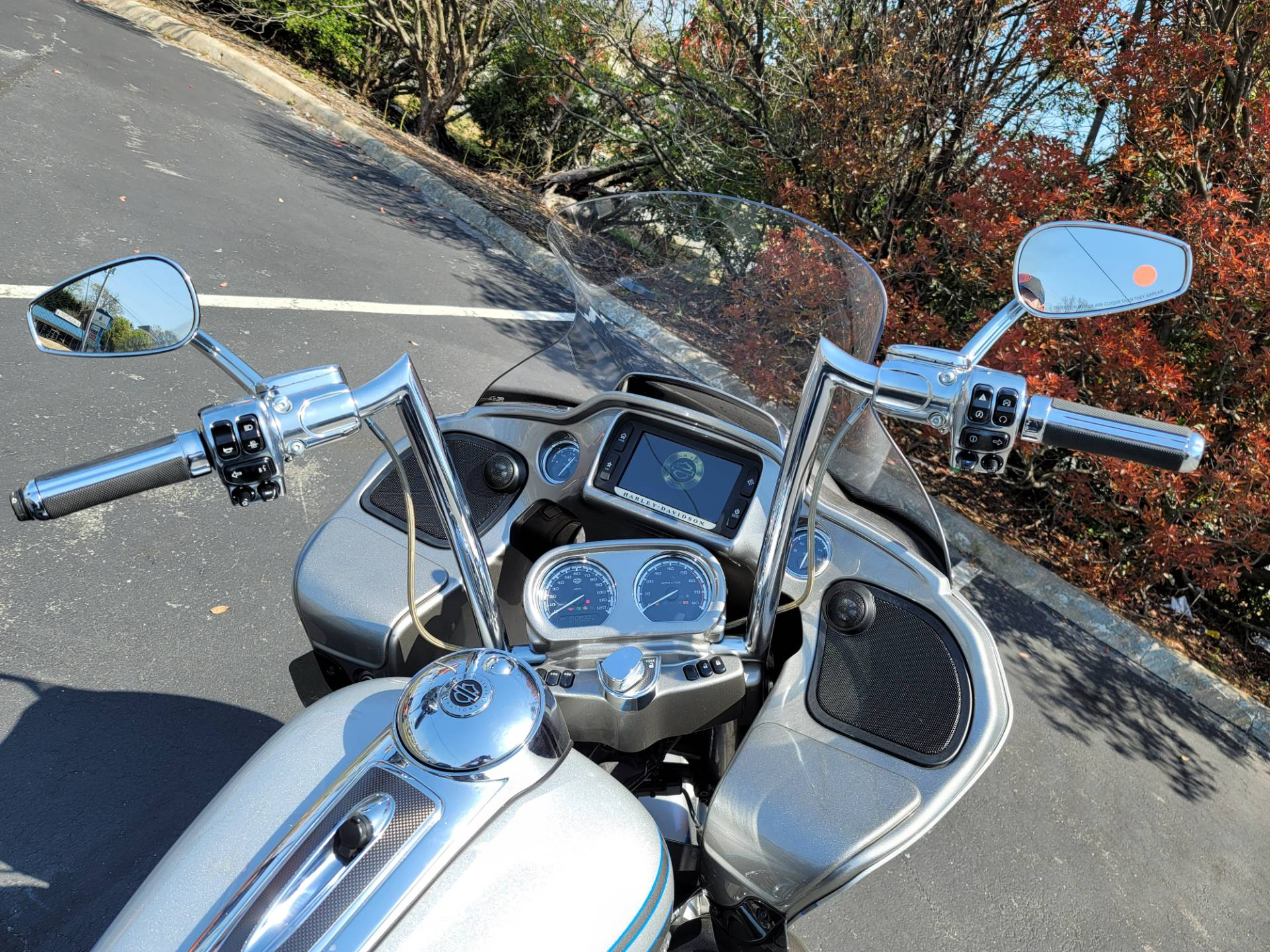 2016 Harley-Davidson CVO™ Road Glide™ Ultra in Lynchburg, Virginia - Photo 29