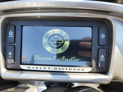 2016 Harley-Davidson CVO™ Road Glide™ Ultra in Lynchburg, Virginia - Photo 32