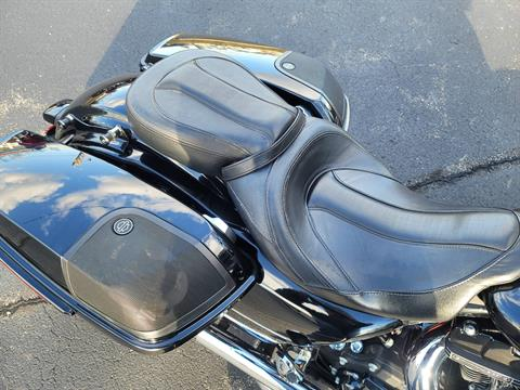 2015 Harley-Davidson CVO™ Street Glide® in Lynchburg, Virginia - Photo 17