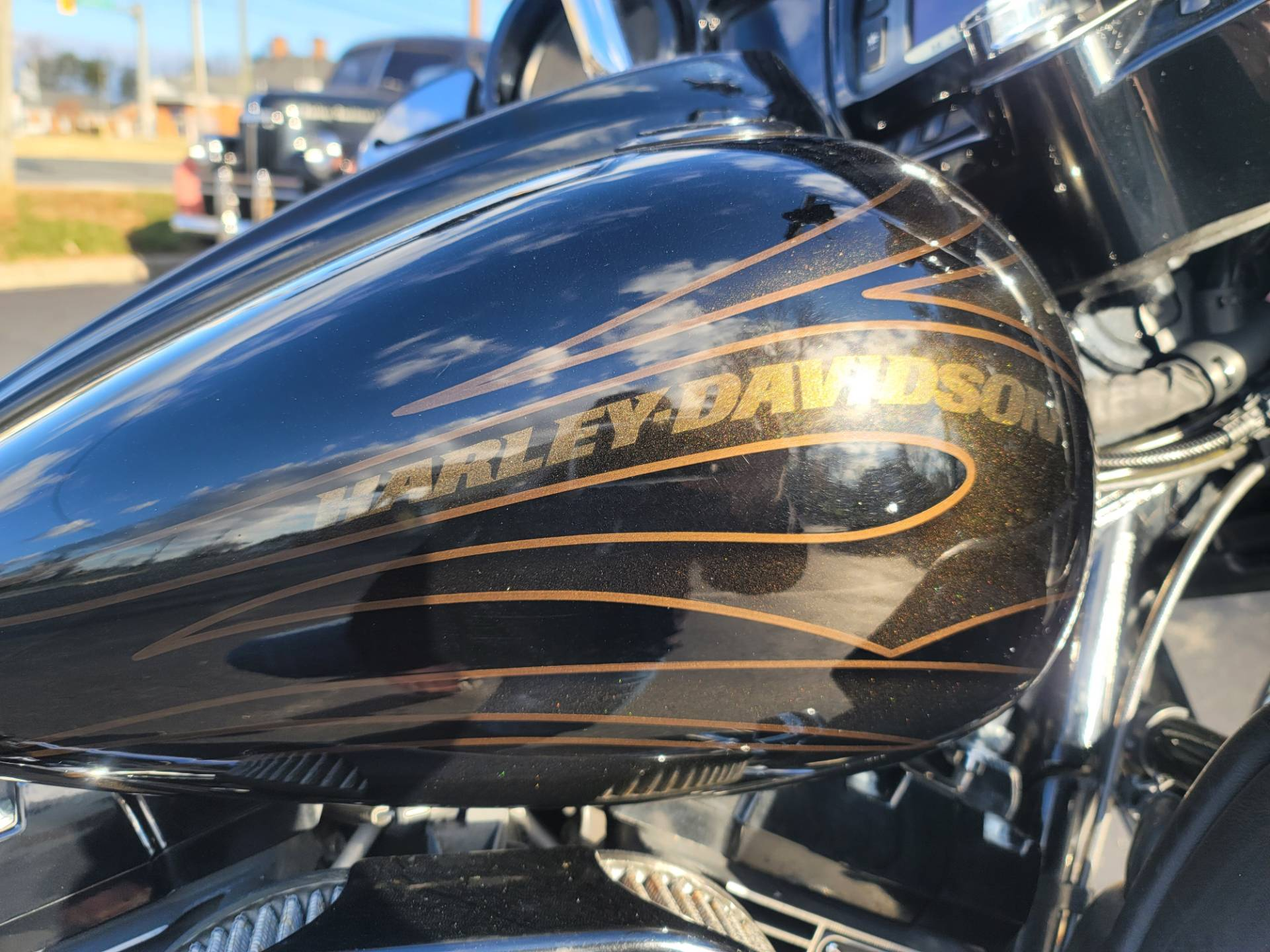 2015 Harley-Davidson CVO™ Street Glide® in Lynchburg, Virginia - Photo 19