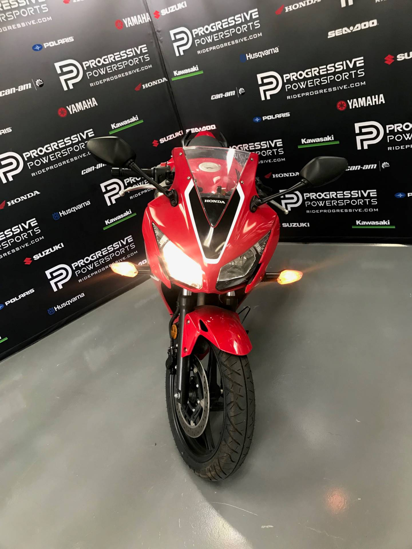 2018 Honda CBR300R in Arlington, Texas - Photo 16