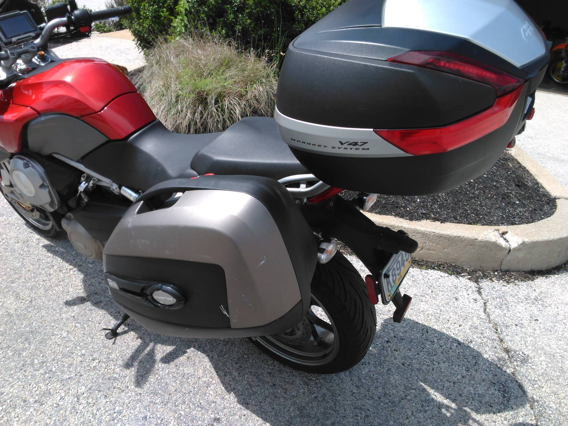2011 Aprilia Mana  850 GT ABS in West Chester, Pennsylvania - Photo 6