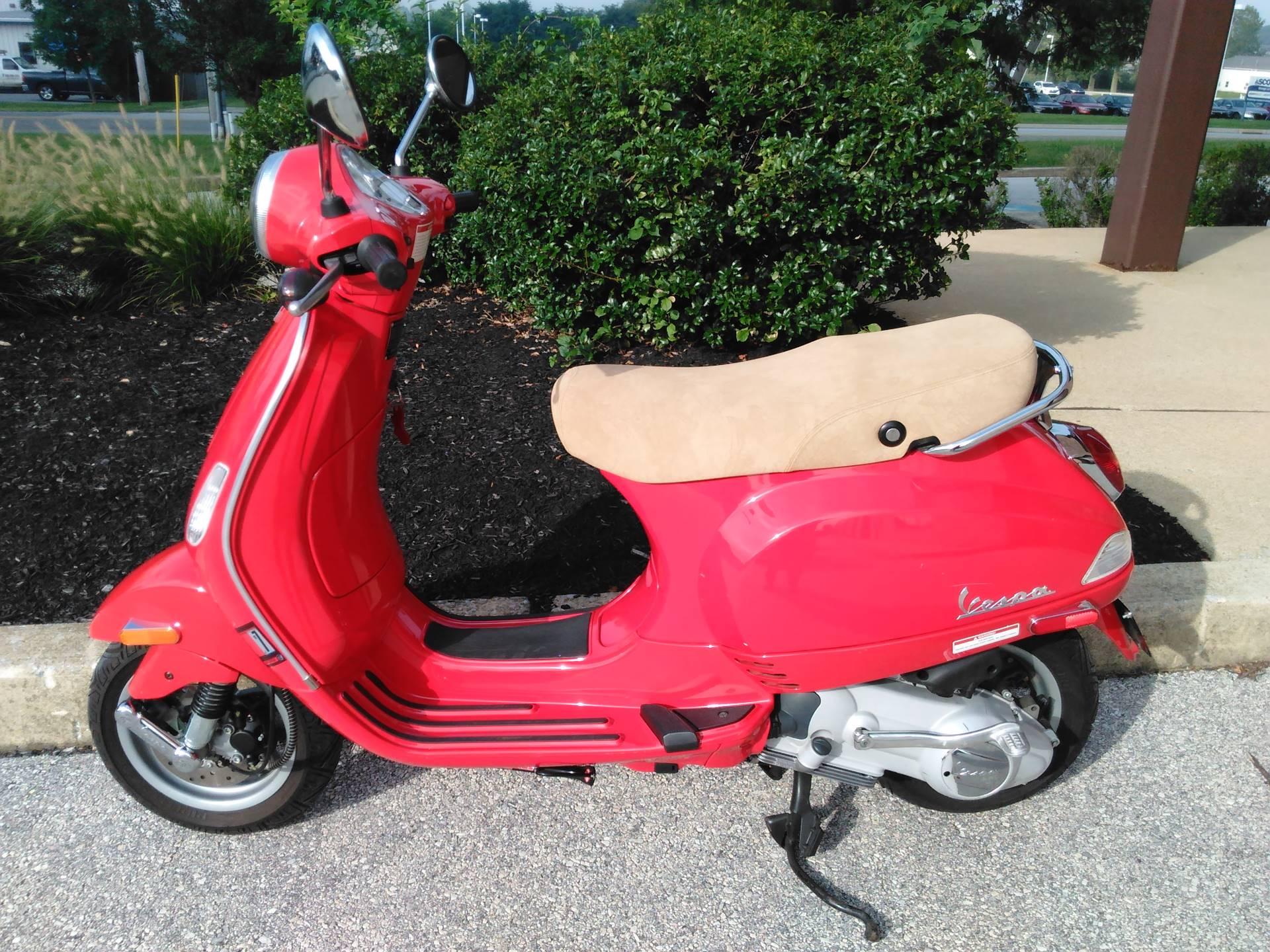 2006 Vespa LX 150 4