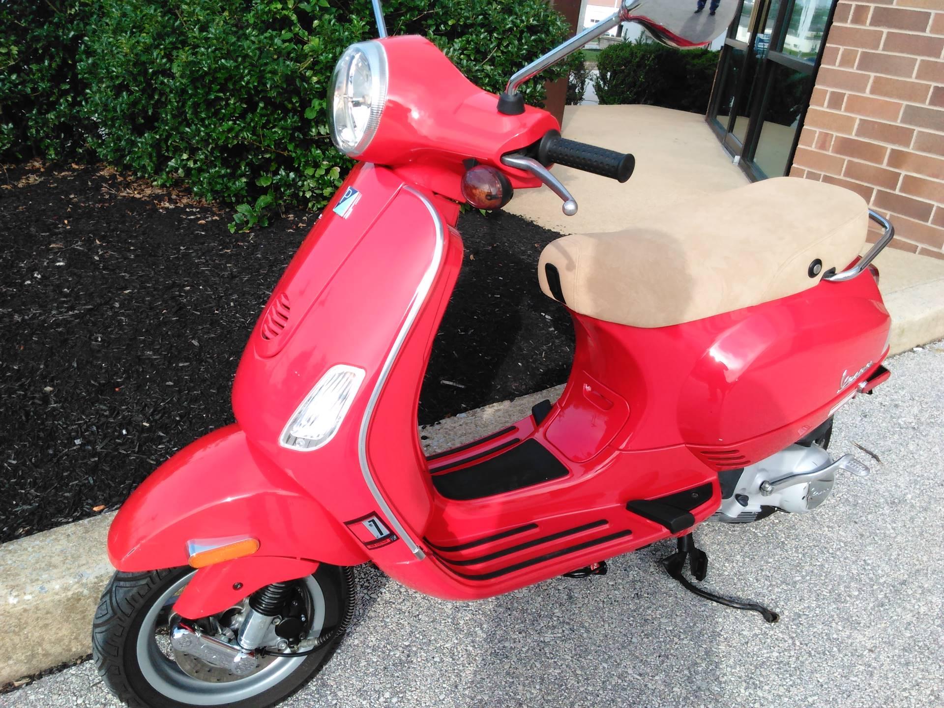 2006 Vespa LX 150 5