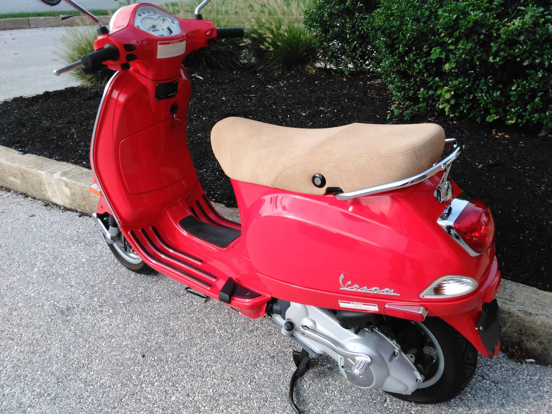 2006 Vespa LX 150 6