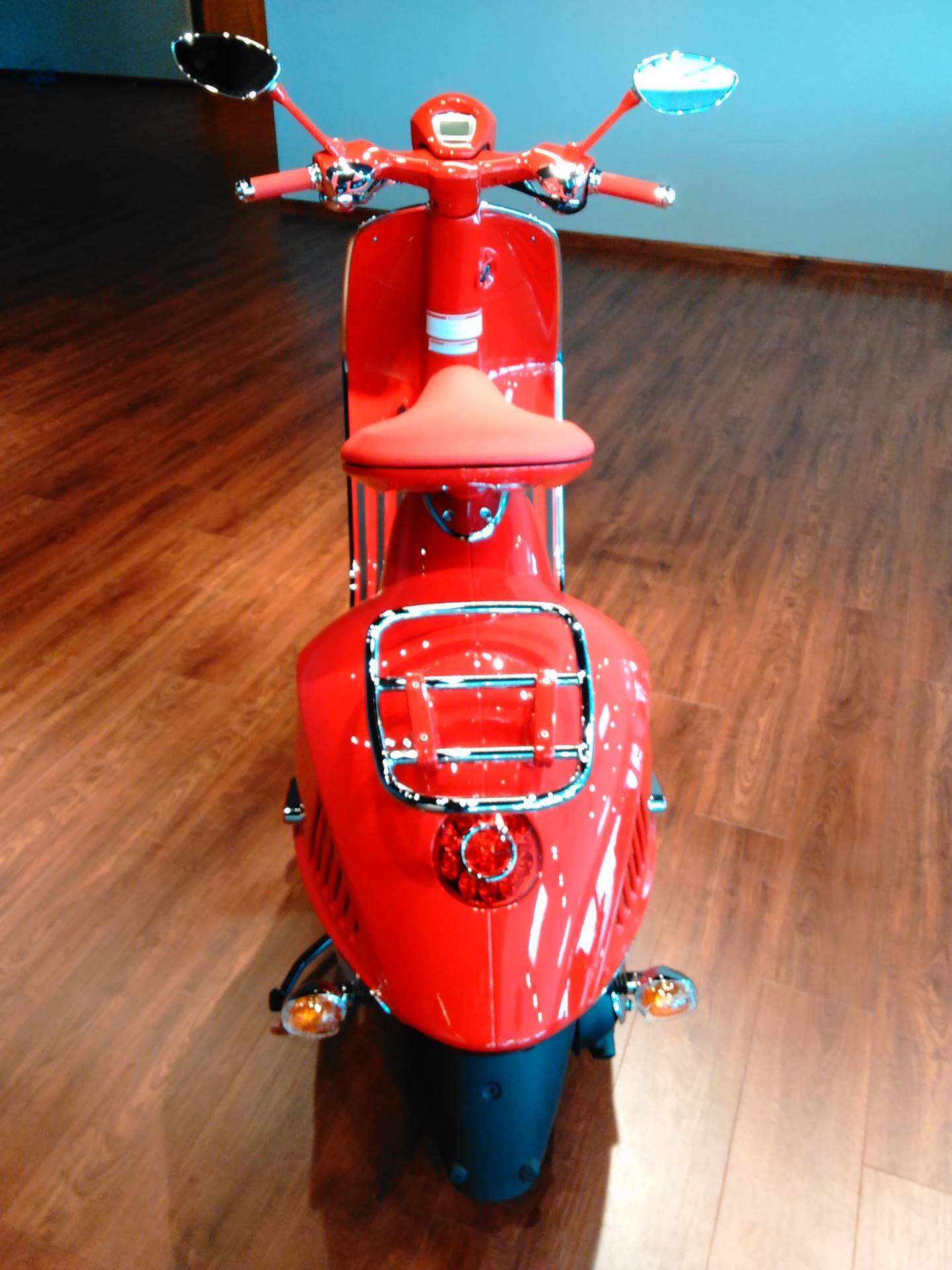 New 2018 Vespa 946 Red Scooters in West Chester, PA | Stock