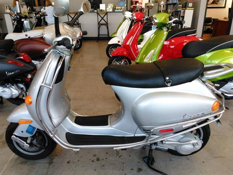2002 Vespa ET4 in West Chester, Pennsylvania - Photo 3