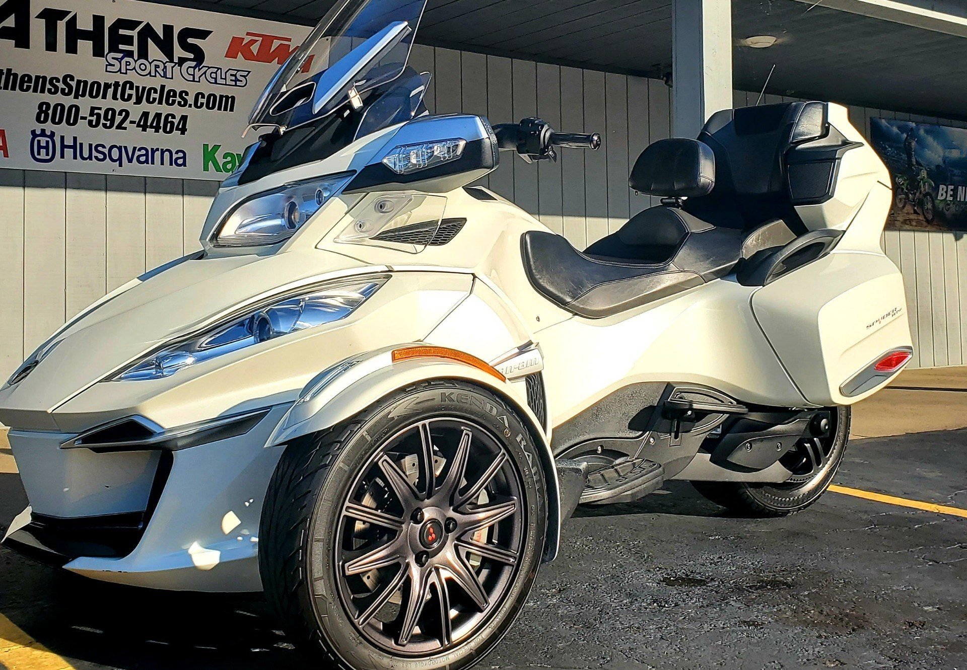 2016 Can-Am Spyder RT-S SE6 in Athens, Ohio - Photo 1