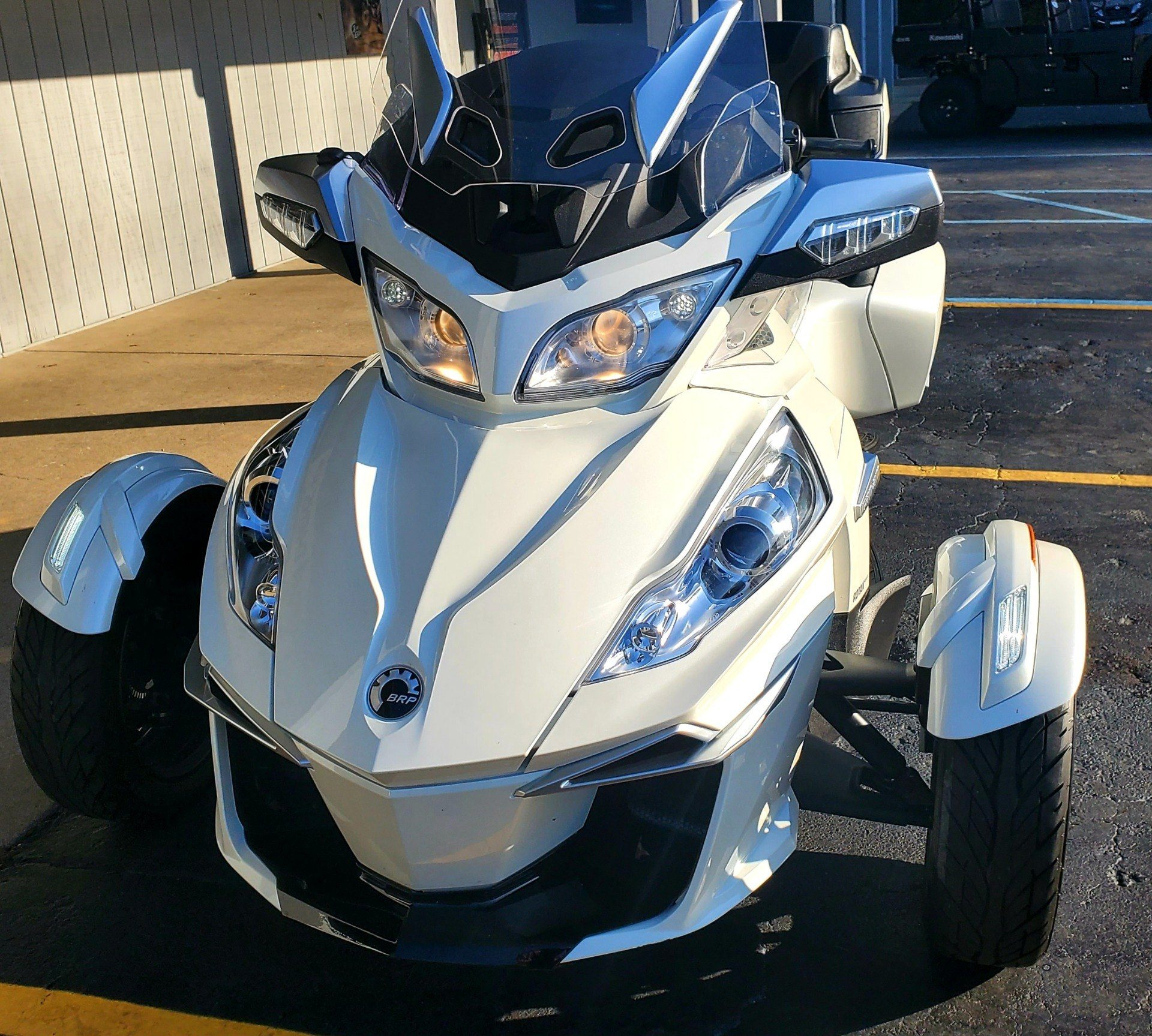2016 Can-Am Spyder RT-S SE6 in Athens, Ohio - Photo 3