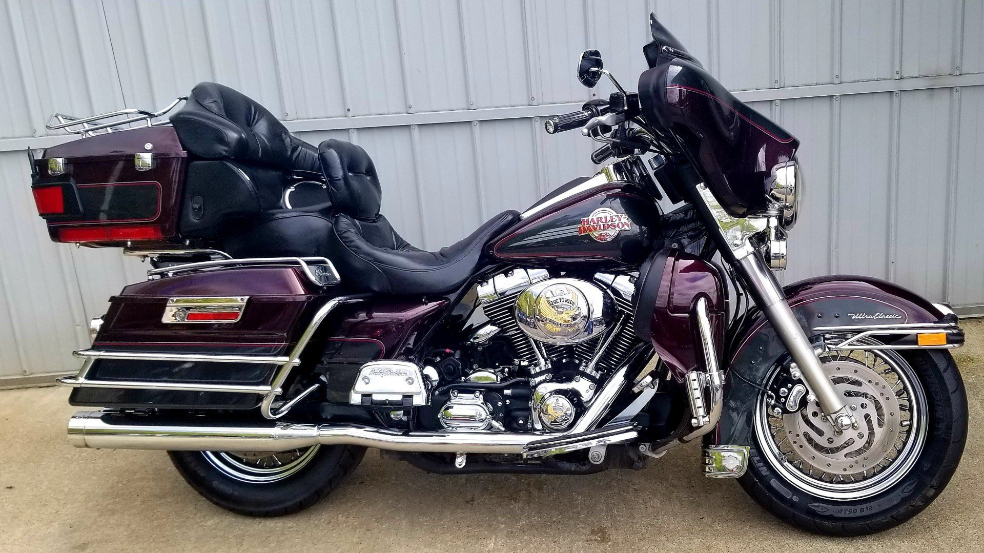 2005 Harley-Davidson FLHTCUI Ultra Classic® Electra Glide® in Athens, Ohio - Photo 1