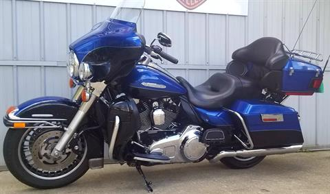 2010 Harley-Davidson Electra Glide® Ultra Limited in Athens, Ohio - Photo 2