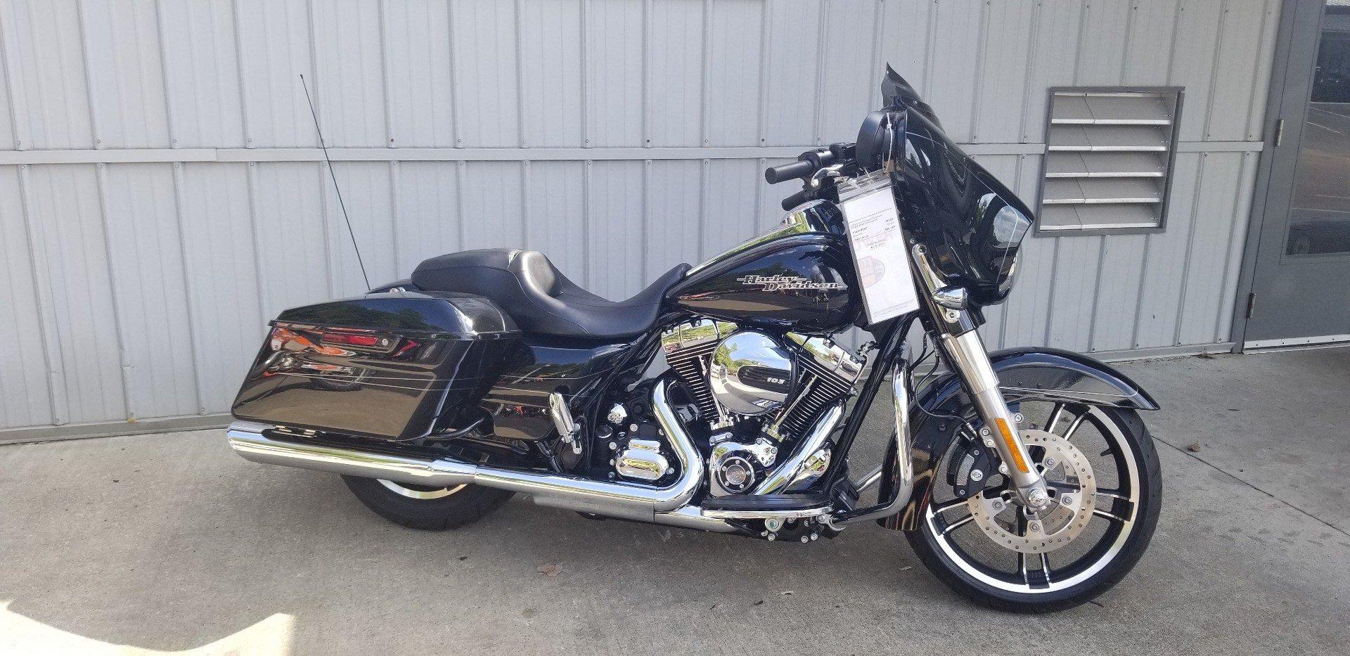 2016 Harley-Davidson Street Glide Special for sale 36940