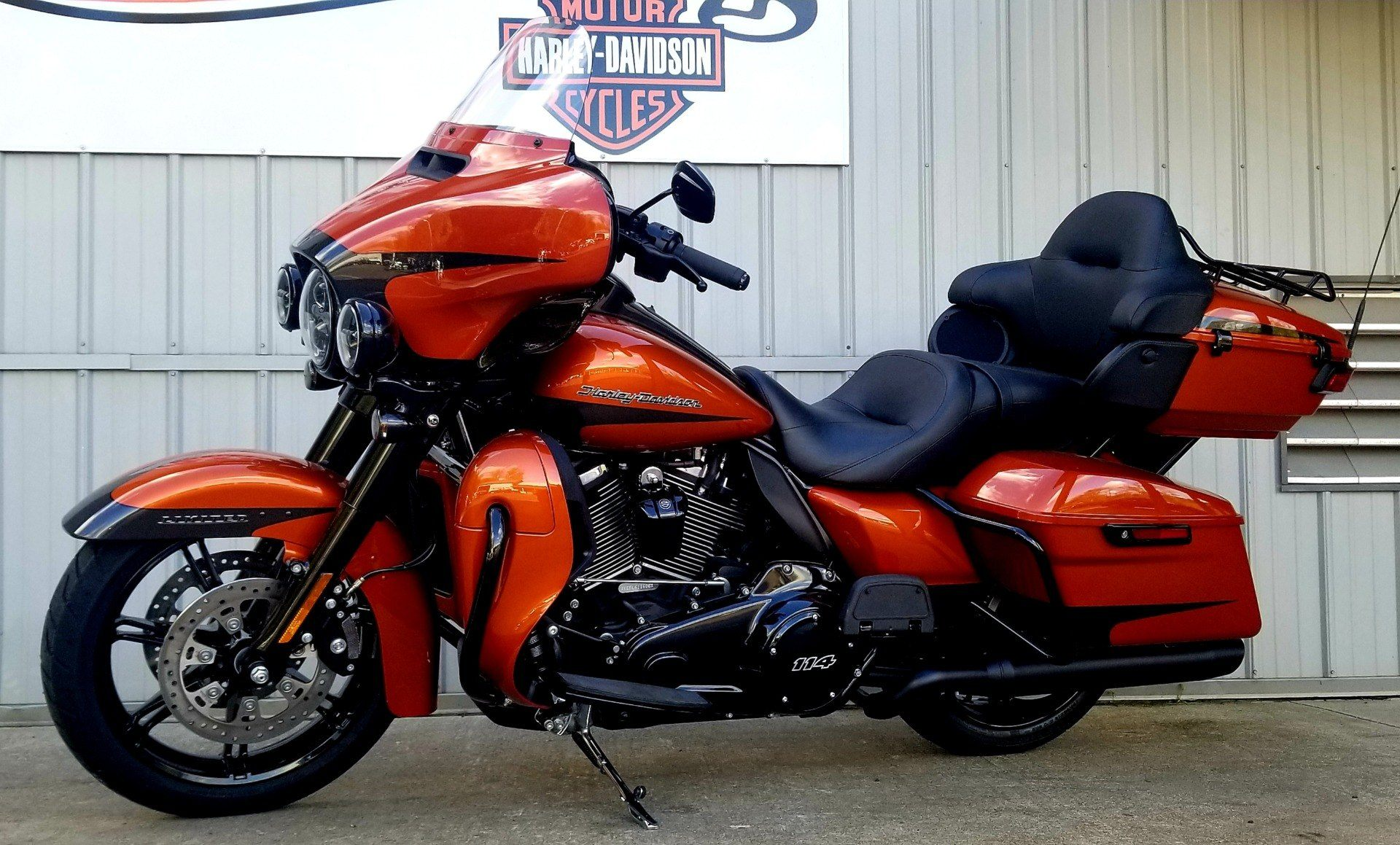 2020 Harley-Davidson Ultra Limited in Athens, Ohio - Photo 2