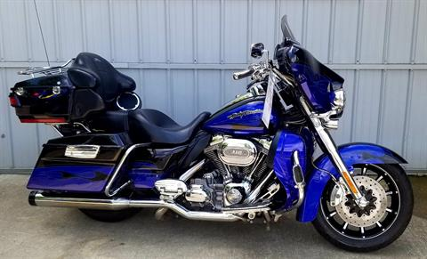 2011 Harley-Davidson CVO™ Ultra Classic® Electra Glide® in Athens, Ohio