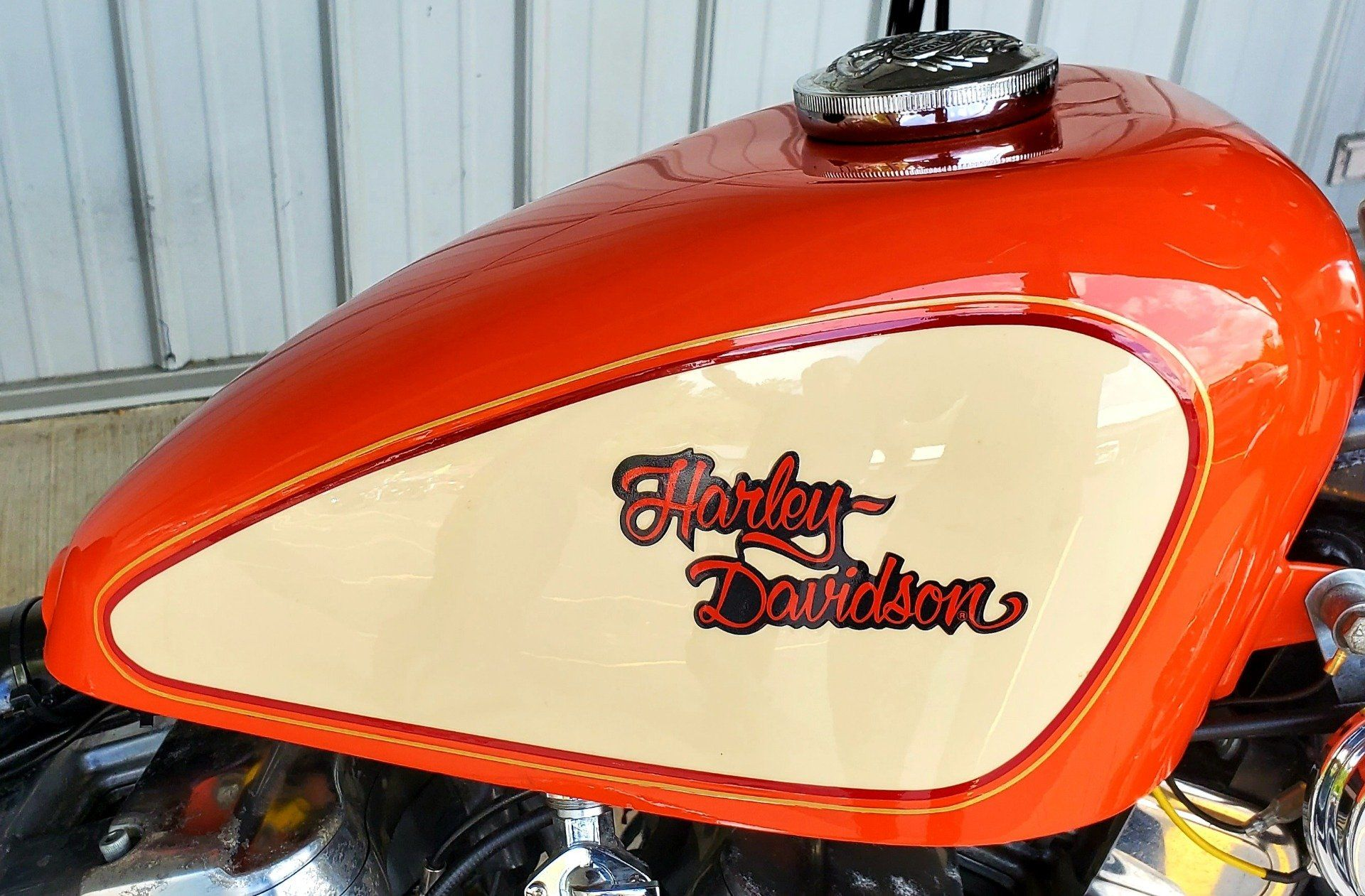 1990 Harley-Davidson 883 DELUXE in Athens, Ohio - Photo 3