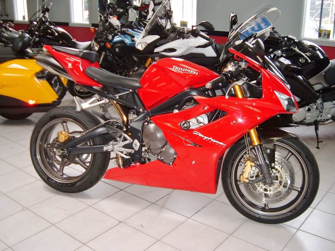 2007 Triumph Daytona 675 in New Haven, Connecticut