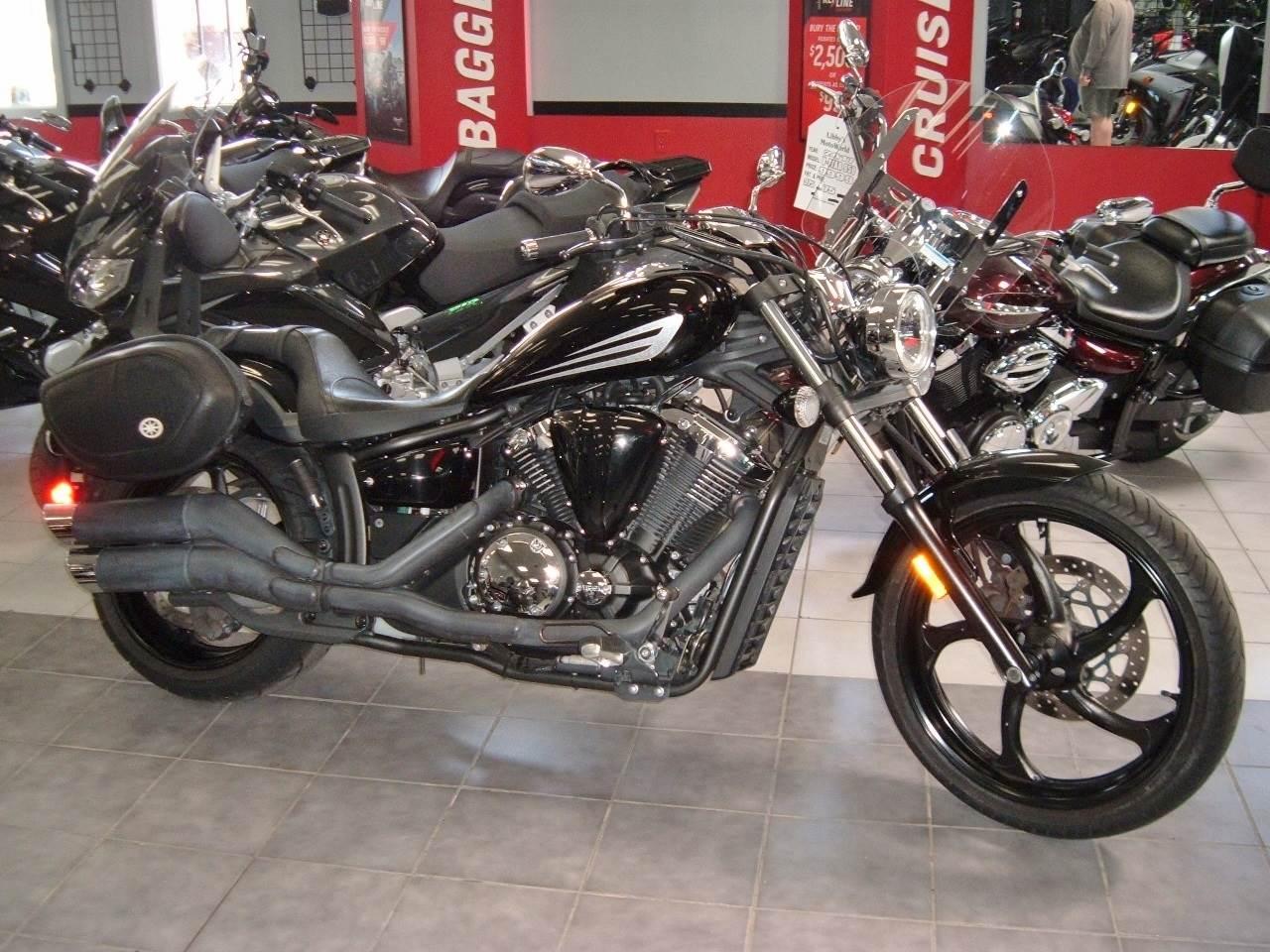 2011  Stryker 1