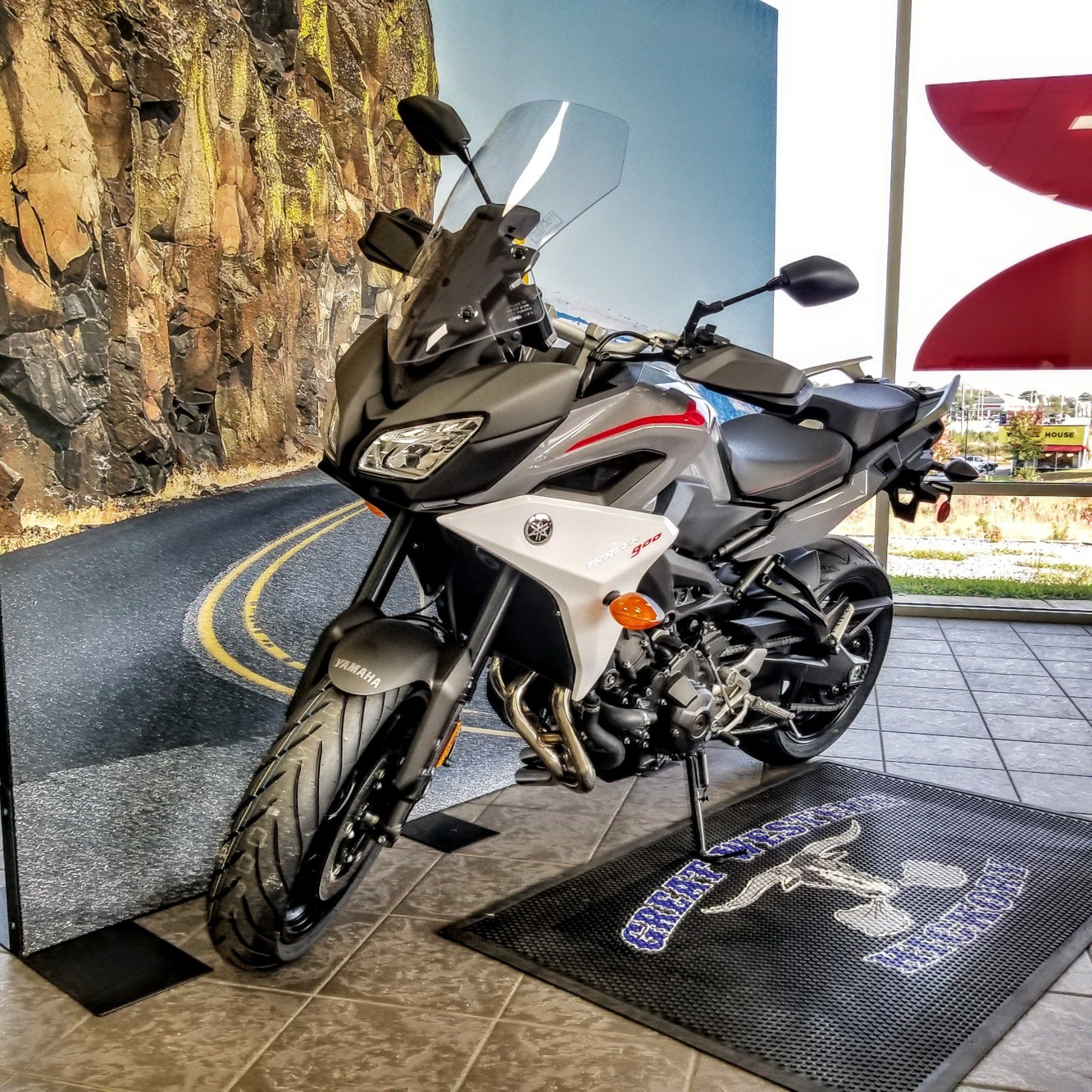 2019 Yamaha Tracer 900 in Hickory, North Carolina - Photo 2