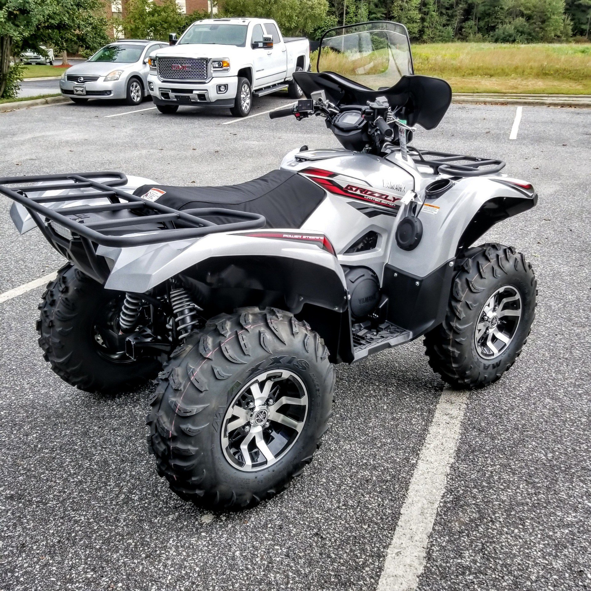 2018 Yamaha Grizzly EPS LE in Hickory, North Carolina