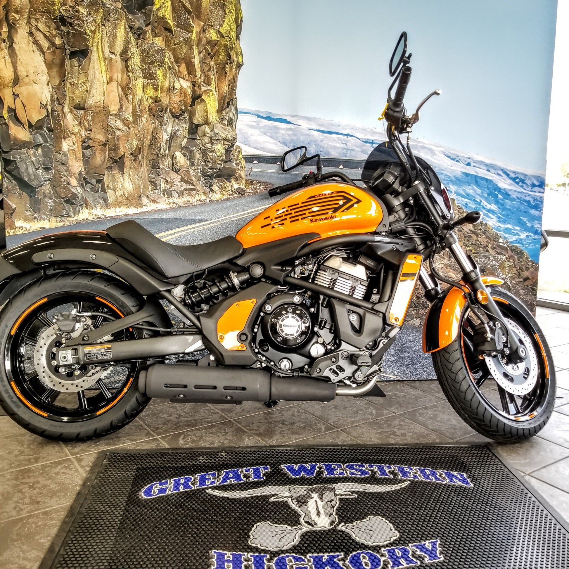 2019 Kawasaki Vulcan S ABS Café in Hickory, North Carolina - Photo 7