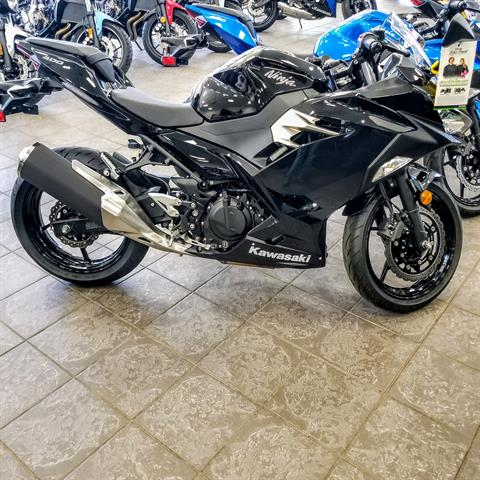 2018 Kawasaki Ninja 400 in Hickory, North Carolina