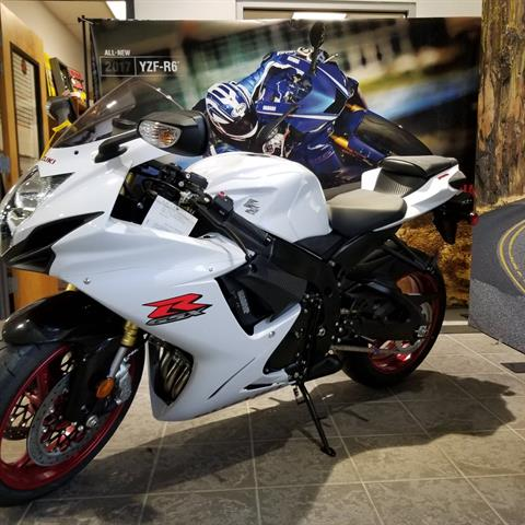 2017 Suzuki GSX-R750 in Hickory, North Carolina