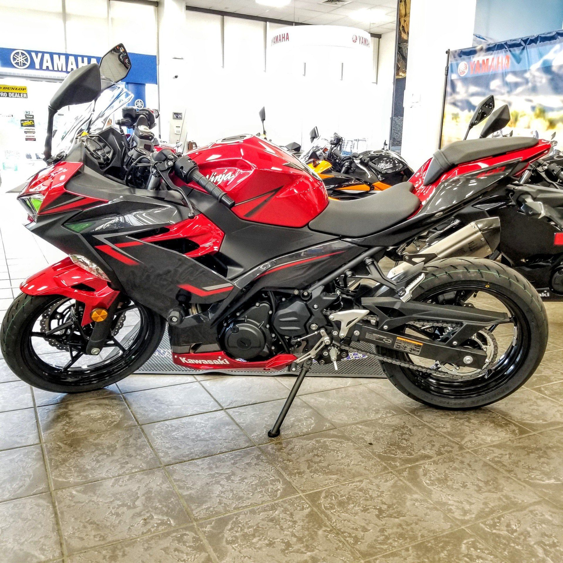 2019 Kawasaki Ninja 400 ABS in Hickory, North Carolina - Photo 4
