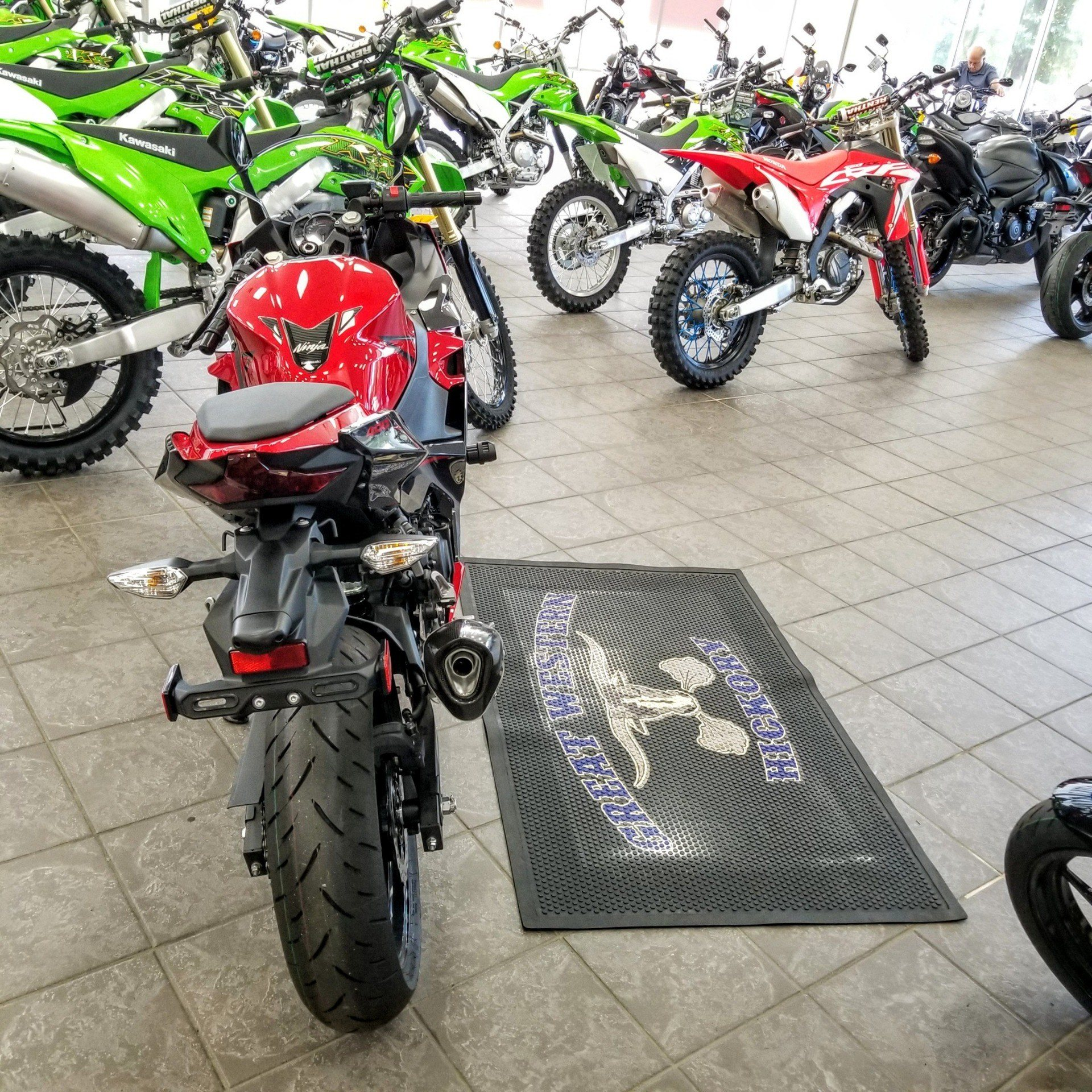 2019 Kawasaki Ninja 400 ABS in Hickory, North Carolina - Photo 6