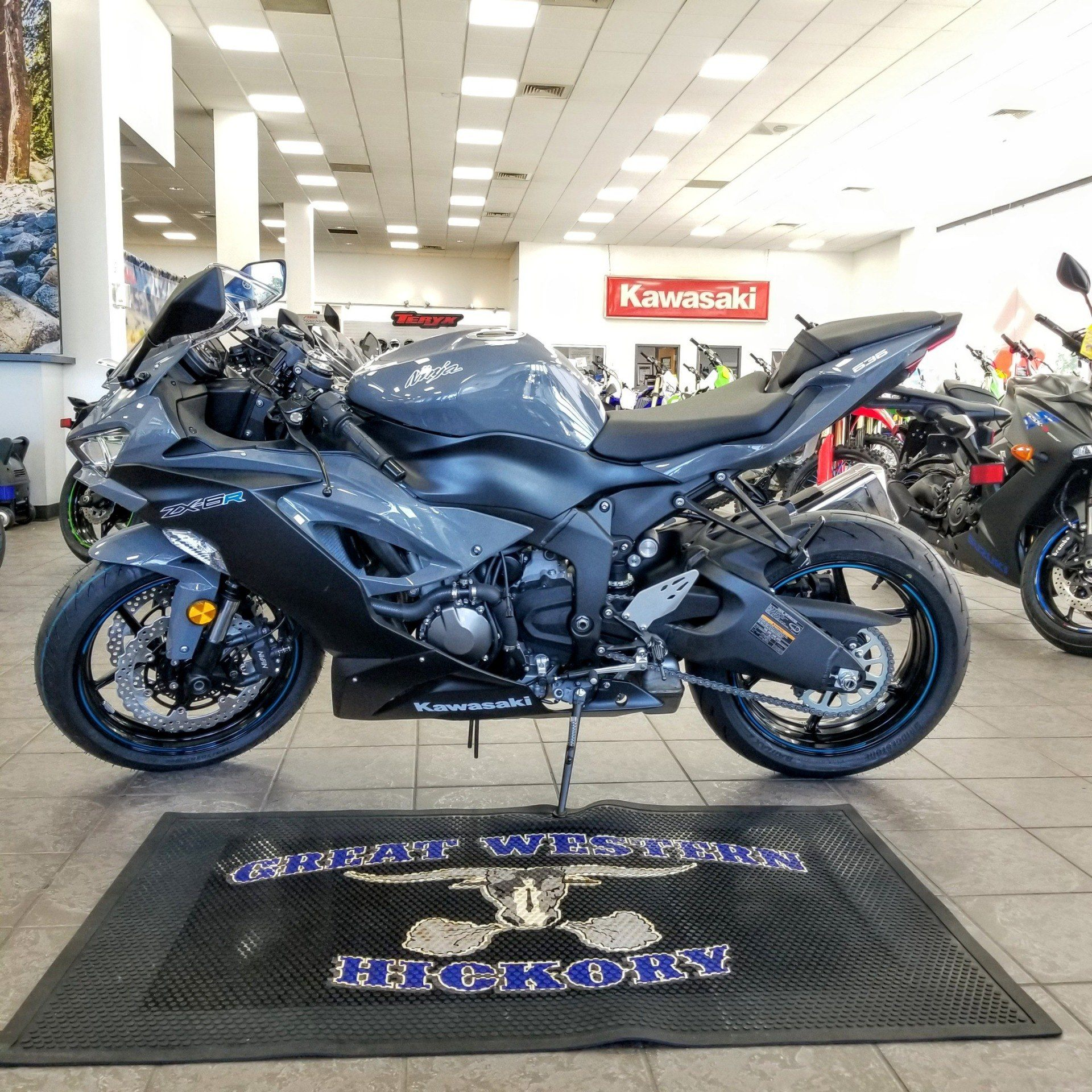 2019 Kawasaki NINJA ZX-6R in Hickory, North Carolina - Photo 1