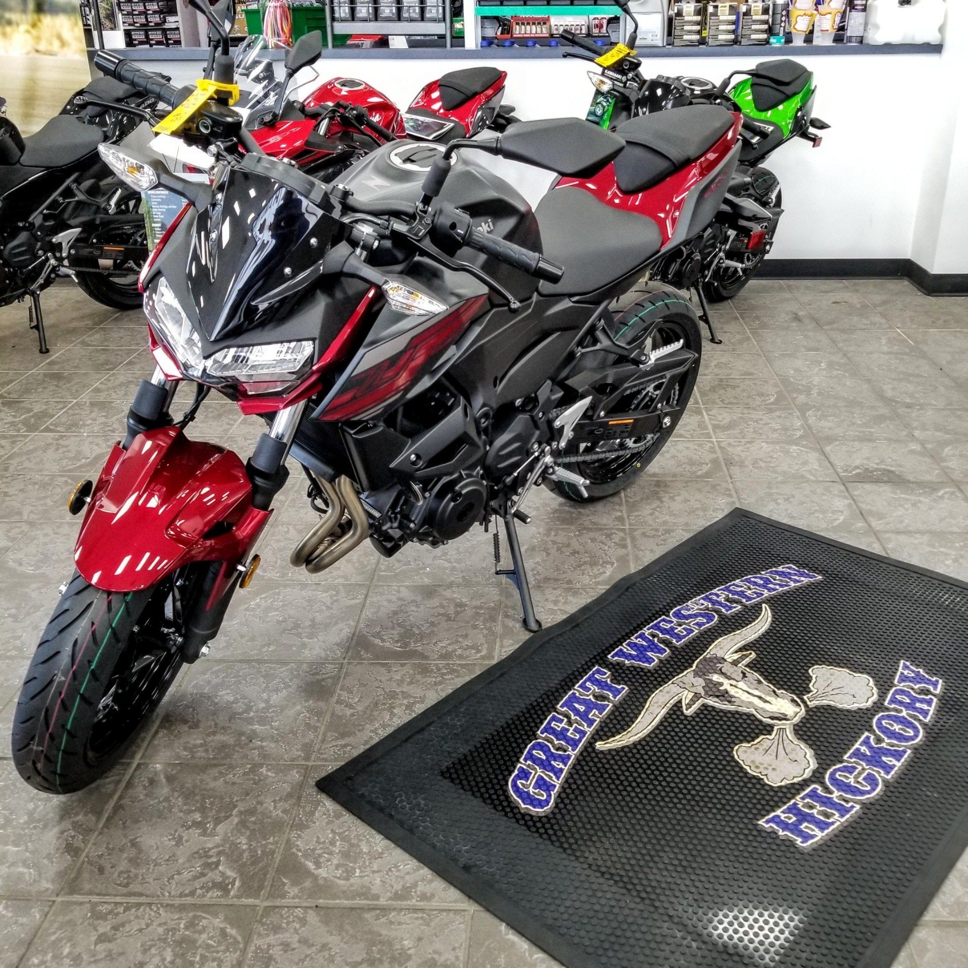2019 Kawasaki Z400 ABS in Hickory, North Carolina - Photo 2