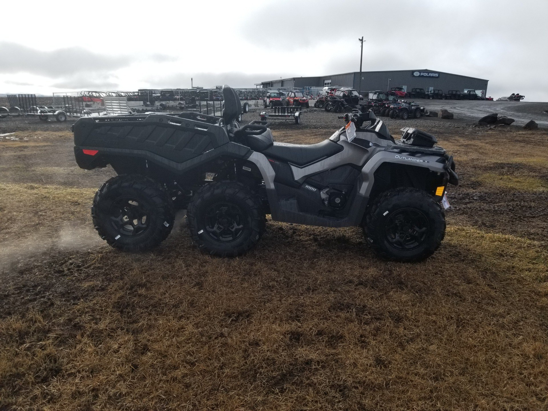 2020 Can-Am Outlander MAX 6x6 XT 1000 in Cottonwood, Idaho - Photo 1
