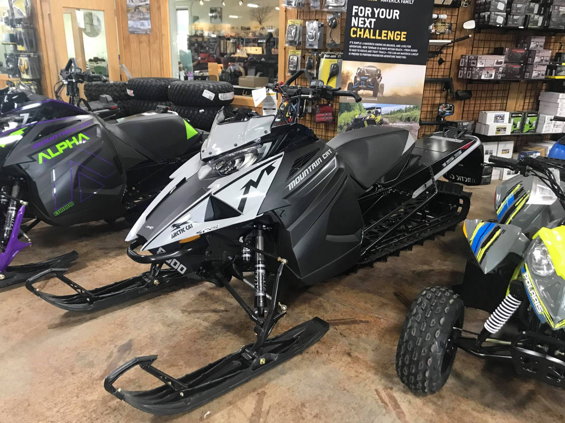 2019 Arctic Cat M 8000 Mountain Cat ES 153 in Cottonwood, Idaho - Photo 1