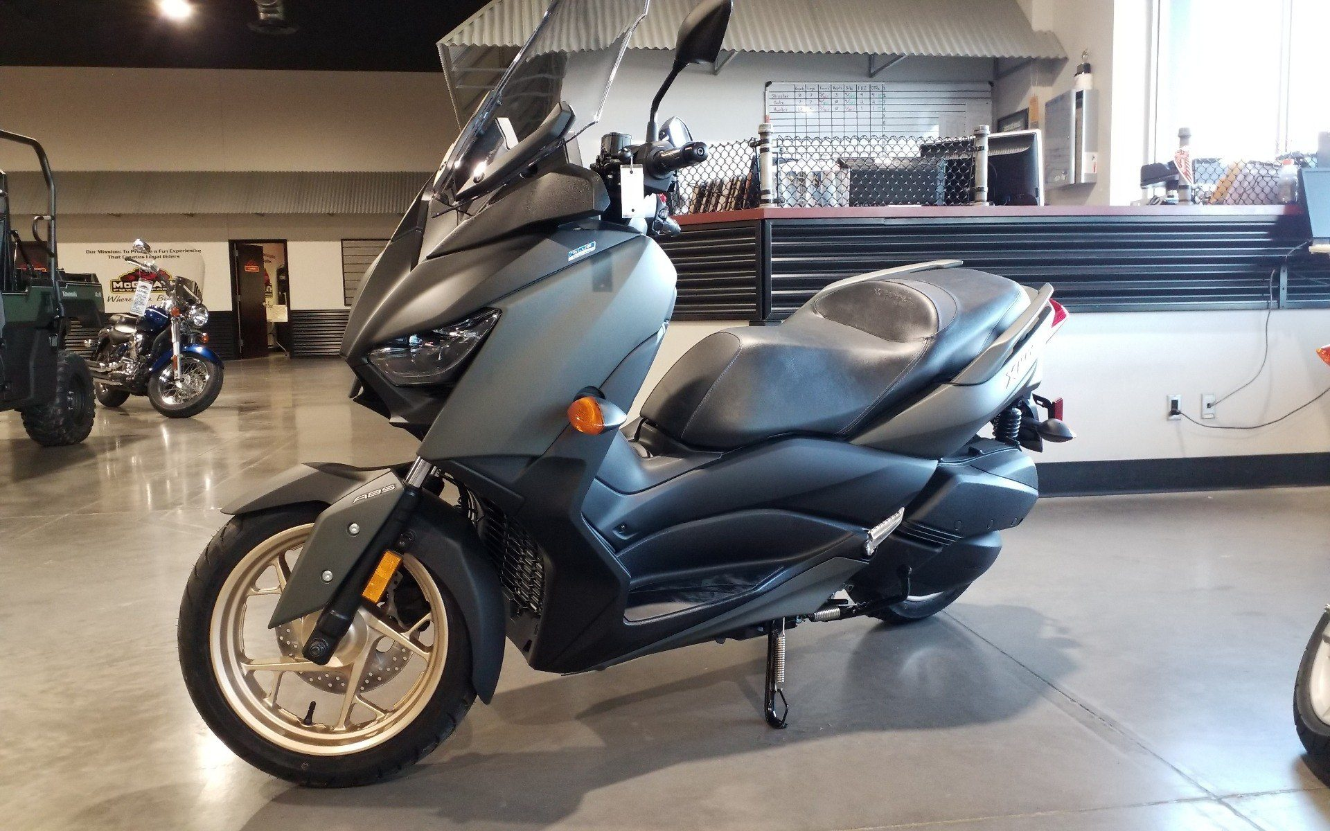 2020 Yamaha XMAX in Cedar Rapids, Iowa - Photo 3