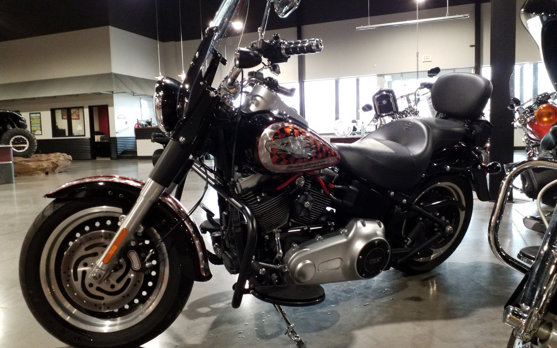 2012 Harley-Davidson Softail® Fat Boy® Lo in Cedar Rapids, Iowa - Photo 3