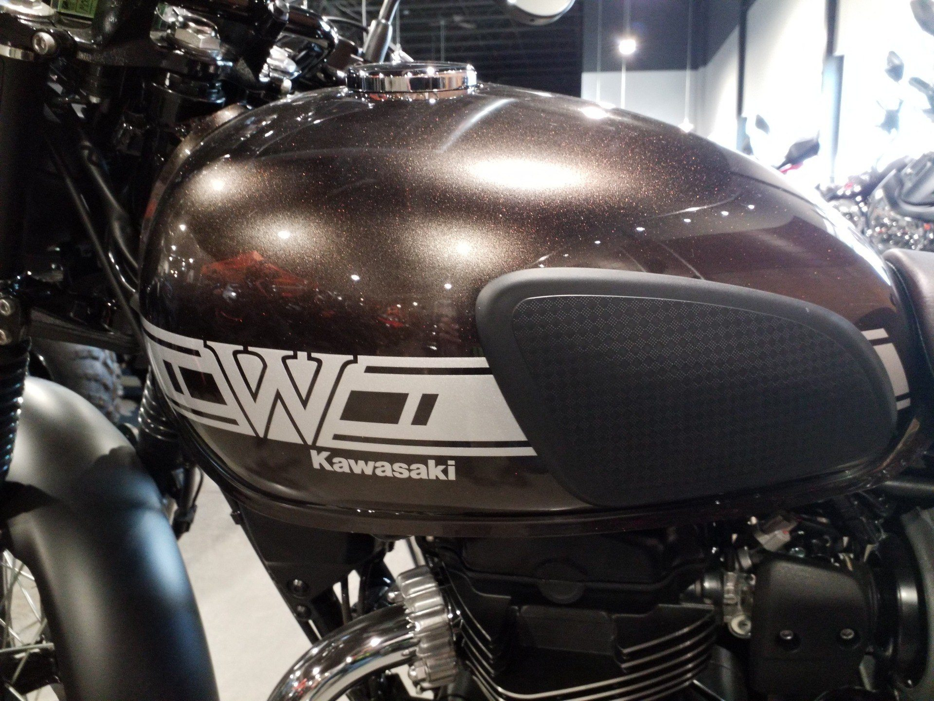 2019 Kawasaki W800 Cafe in Cedar Rapids, Iowa - Photo 4