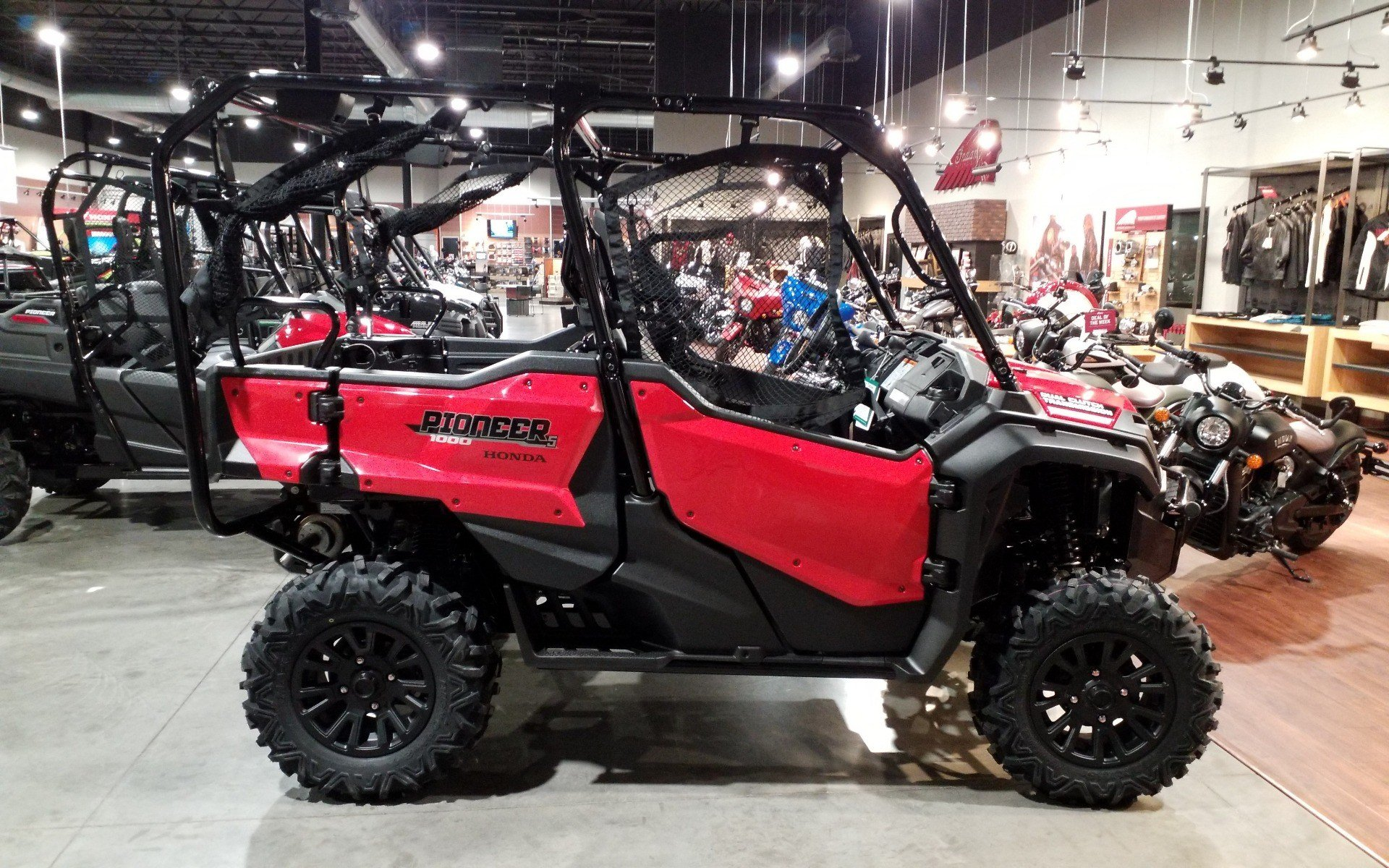 2021 Honda Pioneer 1000-5 Deluxe in Cedar Rapids, Iowa - Photo 3