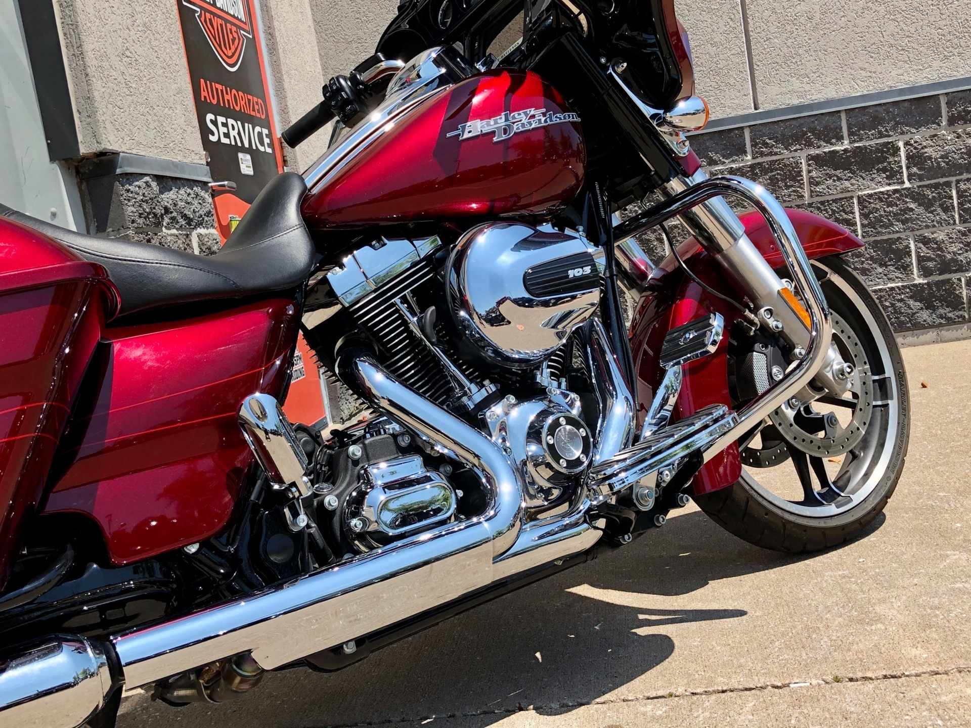 2016 Harley-Davidson Street Glide® Special in Davenport, Iowa - Photo 8