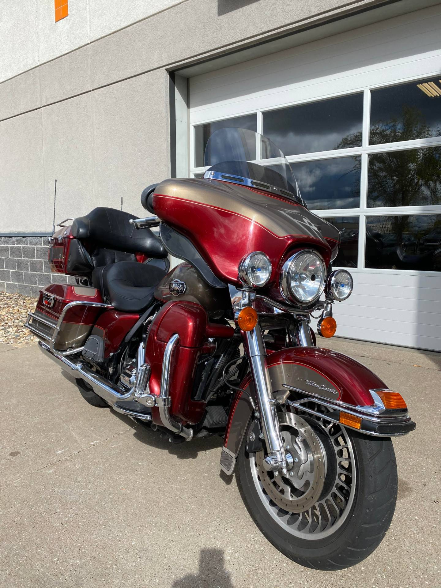 2009 Harley-Davidson ELECTRA GLIDE ULTRA CLASSIC in Davenport, Iowa - Photo 1