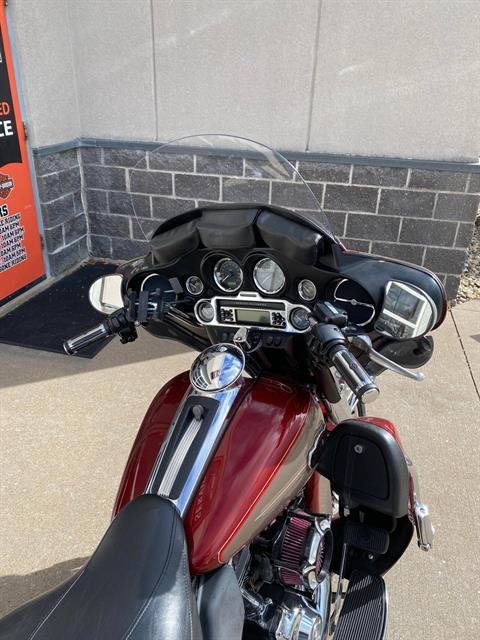 2009 Harley-Davidson ELECTRA GLIDE ULTRA CLASSIC in Davenport, Iowa - Photo 2