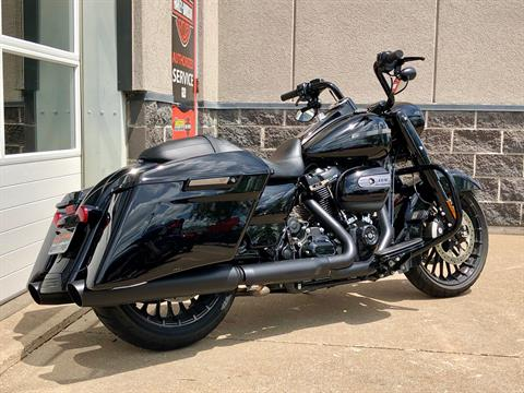 2019 Harley-Davidson Road King® Special in Davenport, Iowa - Photo 3