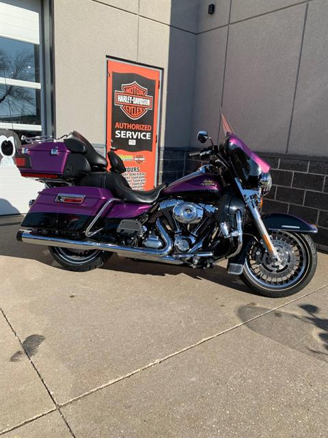 2011 Harley-Davidson Electra Glide® Ultra Limited in Davenport, Iowa - Photo 7