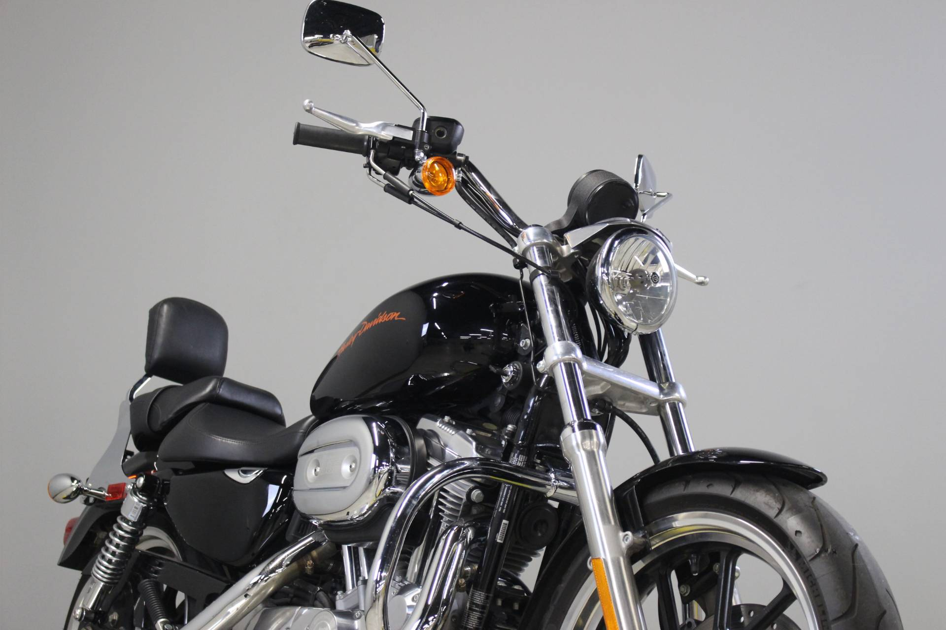 2011 Harley-Davidson Sportster® 883 SuperLow™ in Dubuque, Iowa - Photo 9