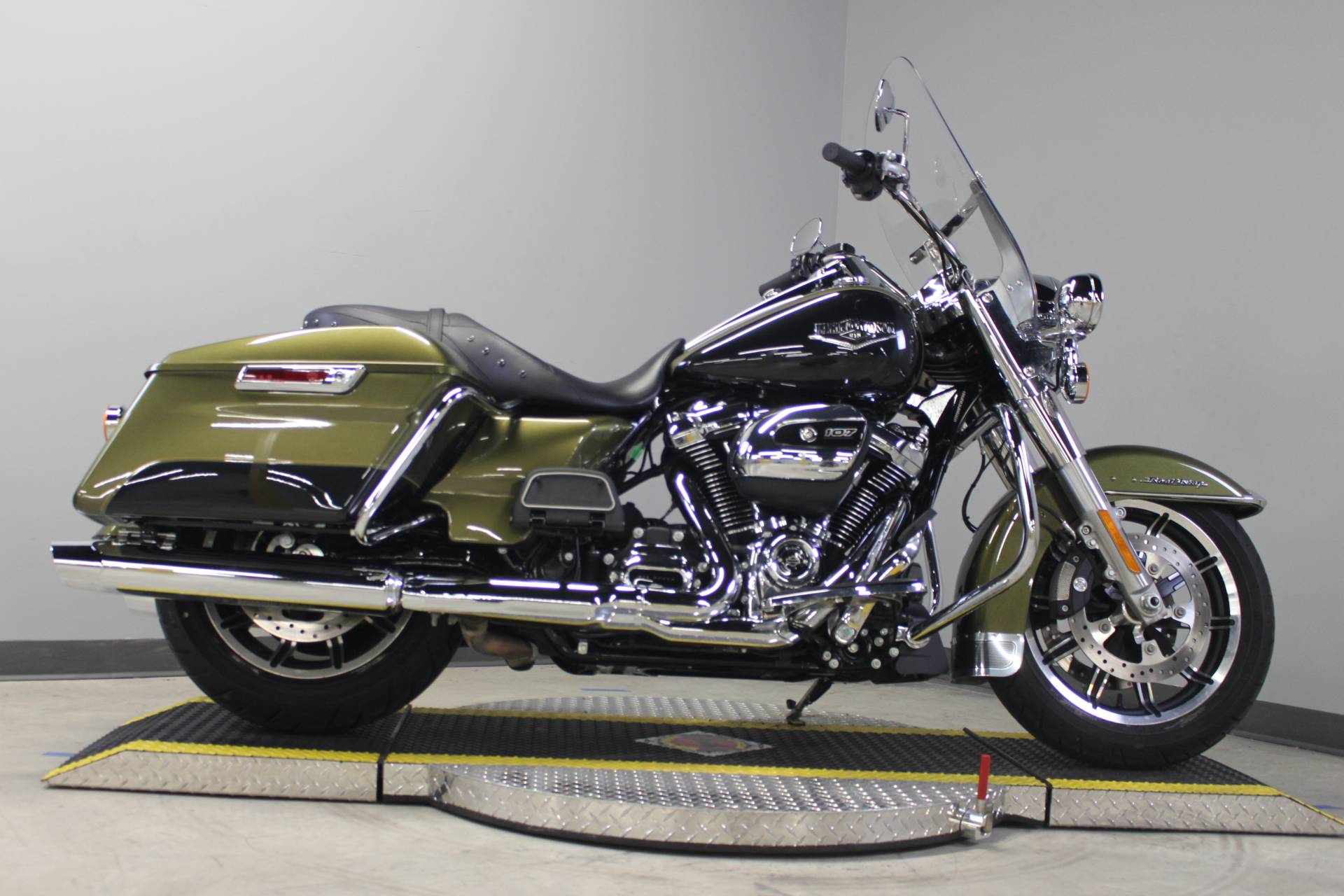 2018 Harley-Davidson Road King® in Dubuque, Iowa - Photo 4